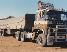 https://www.smithhaulage.com.au/wp-content/uploads/2018/10/about-1995.jpg