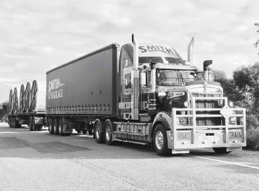 https://www.smithhaulage.com.au/wp-content/uploads/2018/10/services-general.jpg